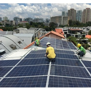 8 Hours of On-Site Technical Support and Installation Works Inclusive of 30 Mins Live Streaming Technical Support for A Standard Solar Energy System, Service Provided by SOLARGAGA APP (Only for Singapore)